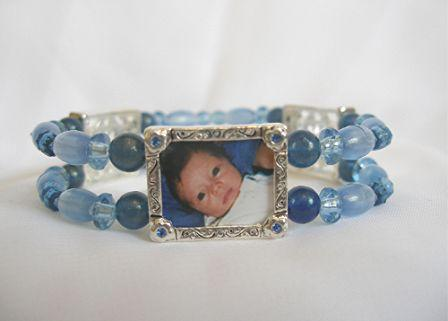 photo charm bracelet - blue daisies